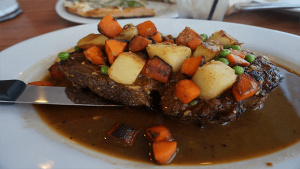 prime-rib-island-view-restaurant